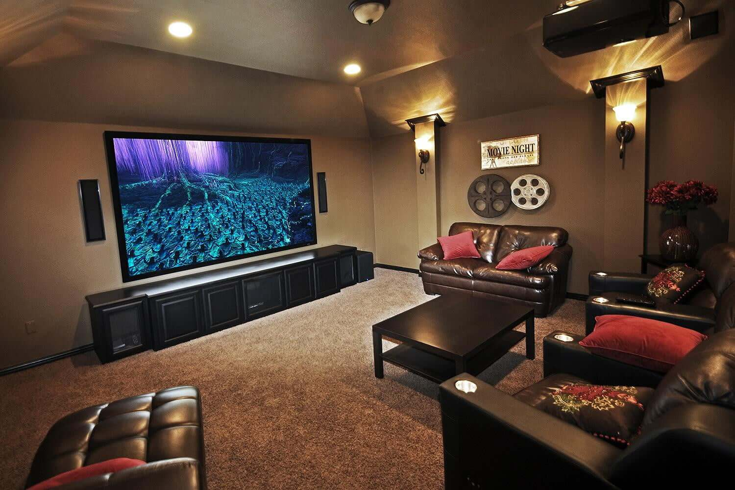 Projector Screens The 6 Best Huge Home Theatre Movie