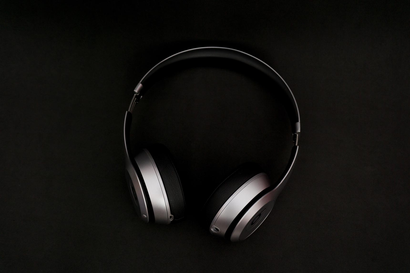 The 10 Best Headphones Under $150 | Improb