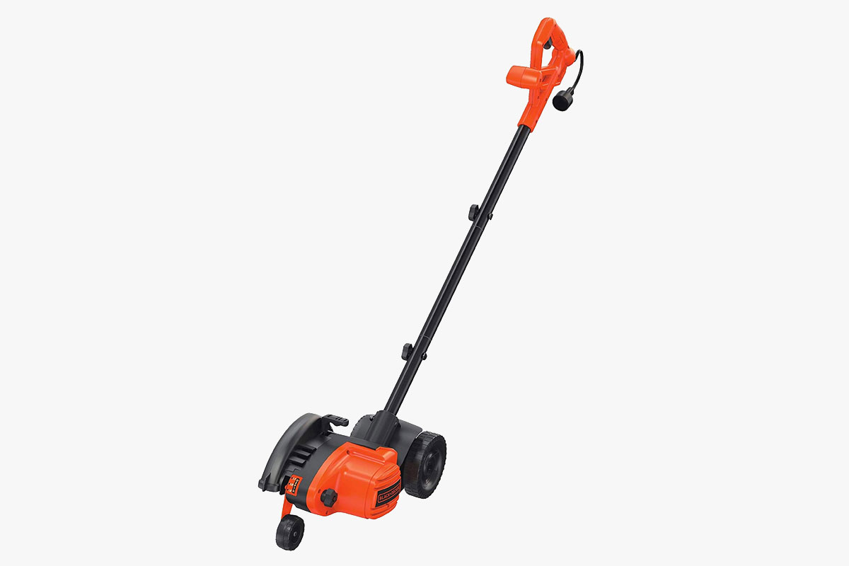 BLACK+DECKER 12 Amp 2-in-1 Landscape Edger and Trencher (LE760FF)